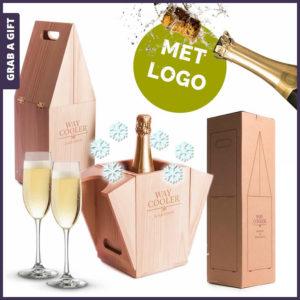 Grab a Gift - Way Cooler wijnkistje van RackPack graveren met logo